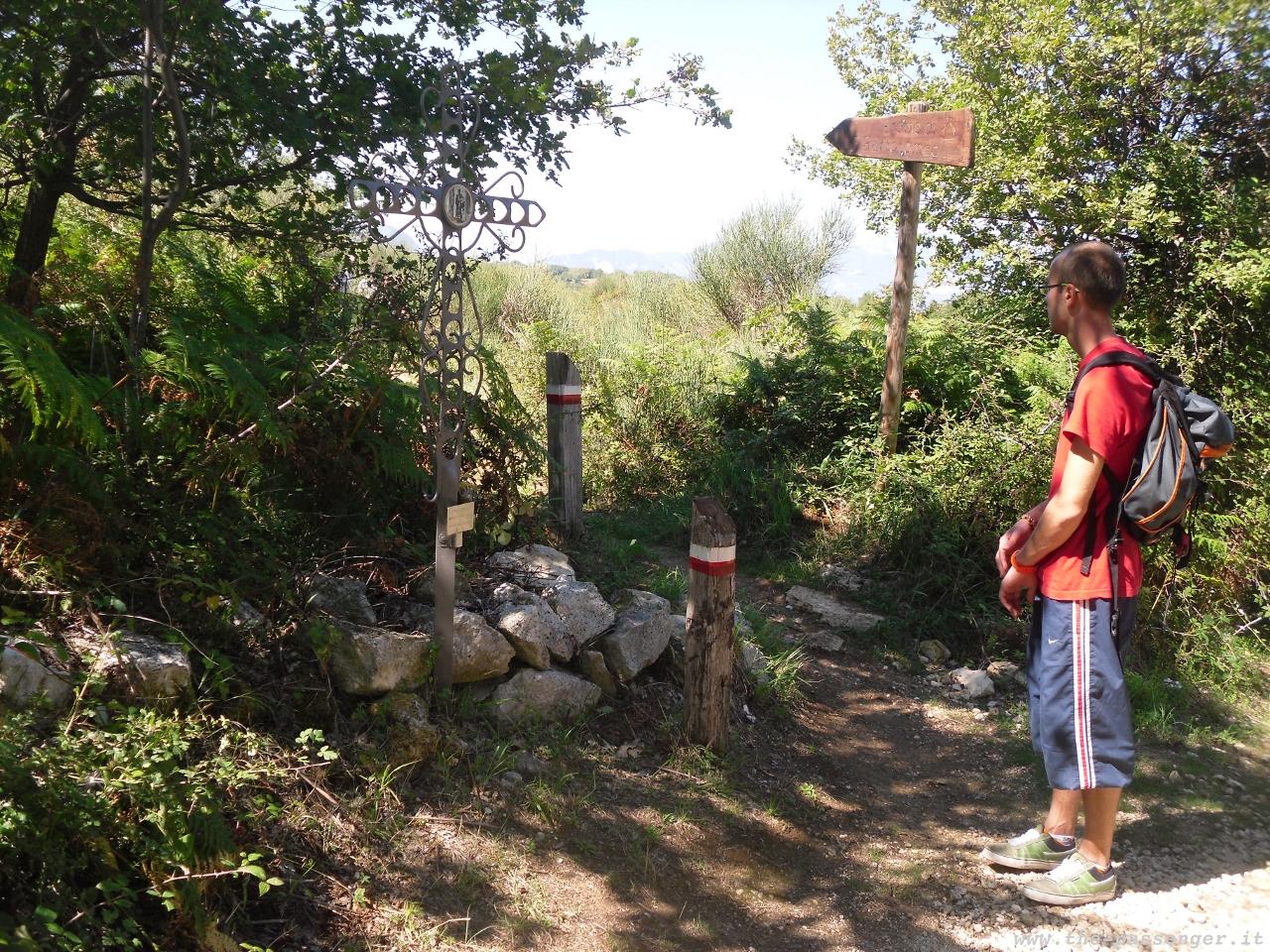 2g-Sentiero-Eremo-San-Bartolomeo.JPG