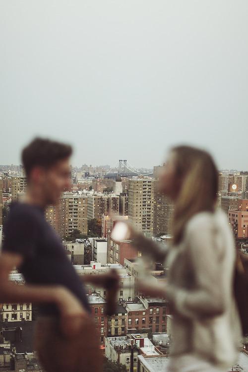 5 modi per capire se una ragazza è interessata dopo un appuntamento