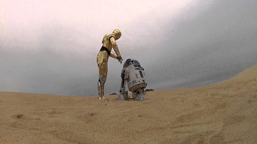 C-3P0 e R2-D2 personaggi della Saga di Star Wars dotati di intelligenza artificiale